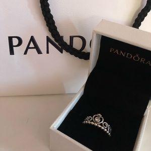 """Pandora """"My Princess Tiara Ring"""""""